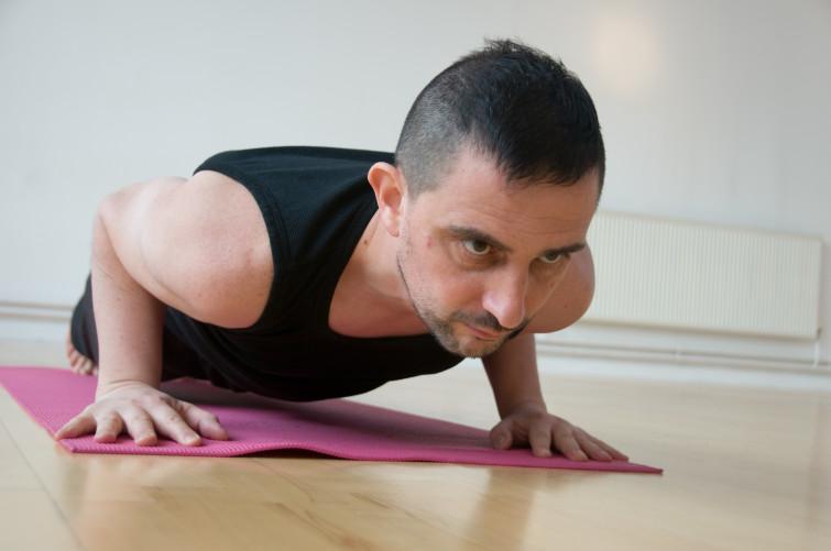 Tarik Yoga 4 Feb 09